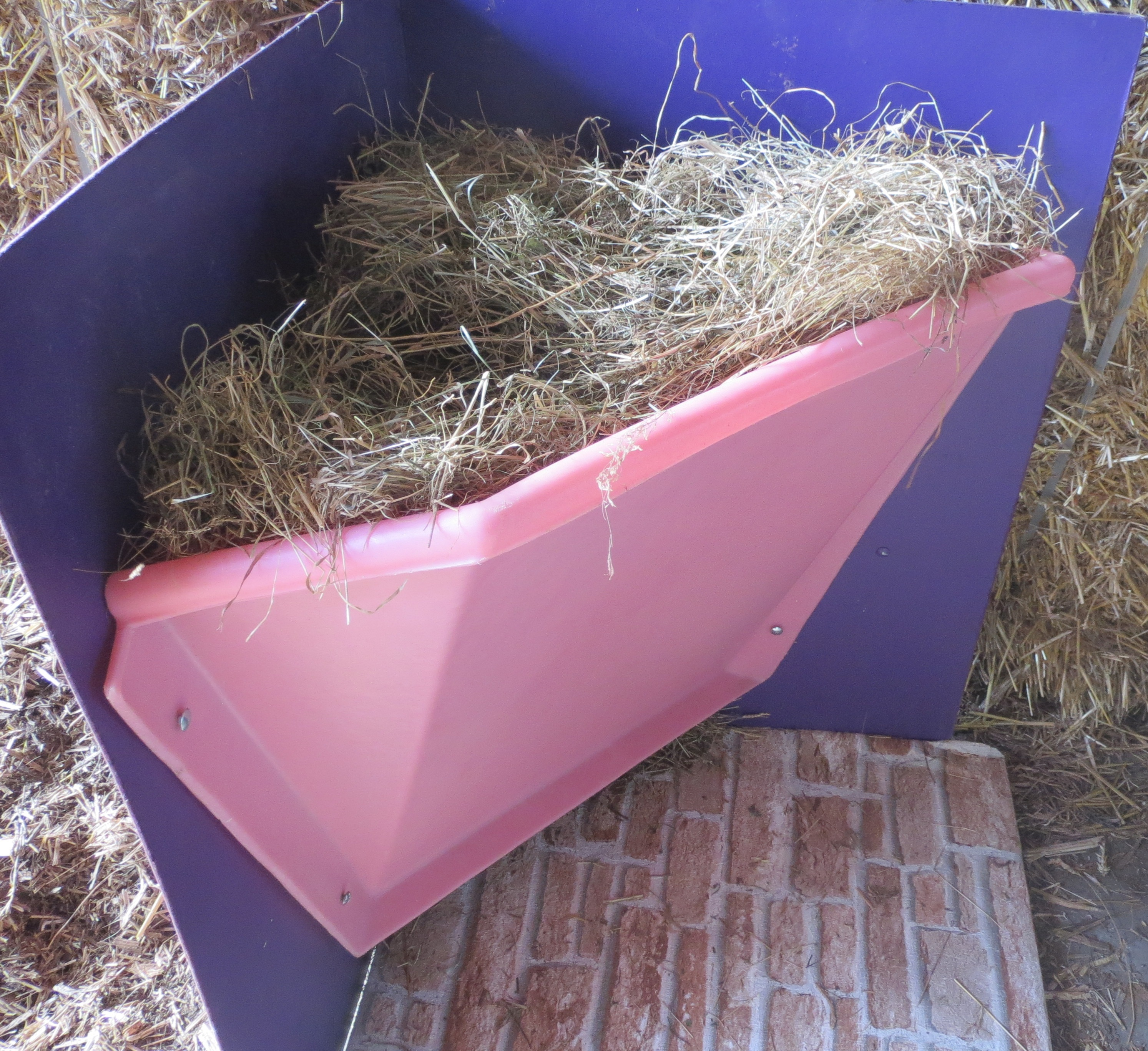the horse feeder straight poly hay feeders product place for sale